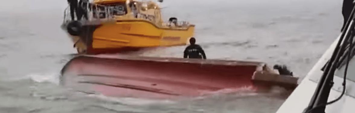 waterproof phone rescue boat survival